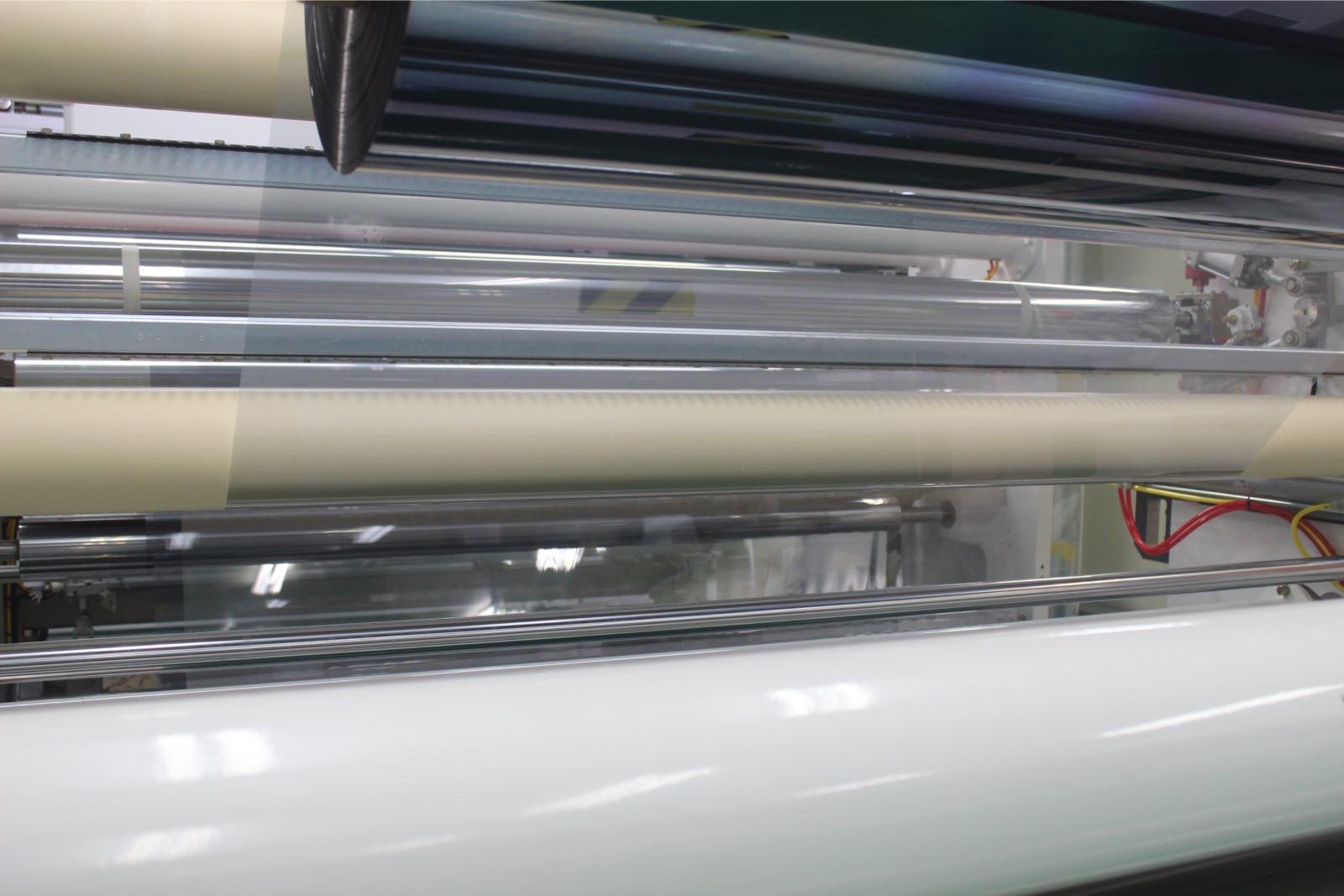玻璃膜生产车间